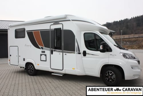 Hire a motorhome in Vechelde from private owners| Bürstner Nexxi