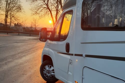 Hire a motorhome in Rötgesbüttel from private owners| Fiat Ducato SyRi