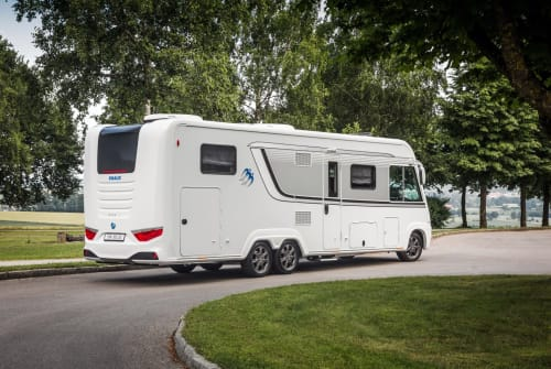 Hire a motorhome in Laboe from private owners| Knaus Großer