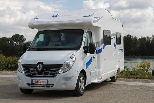 Hire a motorhome in Malterdingen from private owners| Ahorn Hallers Casa 2