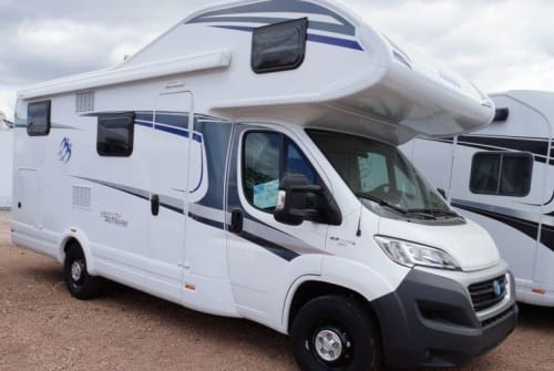 Hire a motorhome in Bad Düben from private owners| Knaus Würdig Mobil