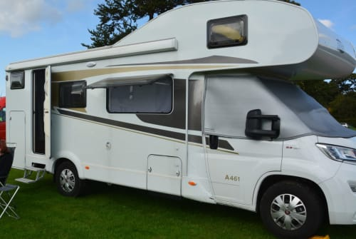 Hire a motorhome in Salzburg from private owners  Carado Turbokachna