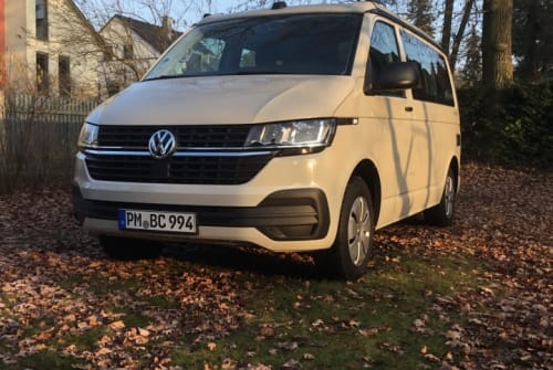 Hire a motorhome in Kleinmachnow from private owners| VW BehagenCamp 994