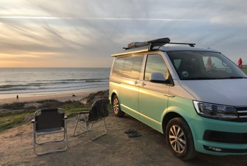 Hire a motorhome in Lissabon from private owners| VW Tim Tonic