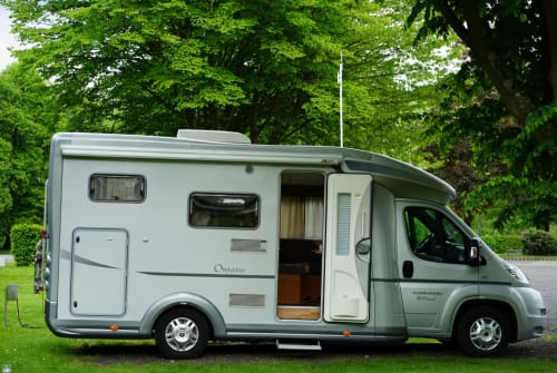 Hire a motorhome in Overath from private owners| Karmann CampingChris
