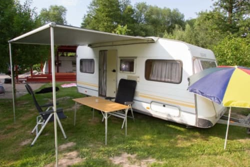 Hire a motorhome in Bad Oeynhausen from private owners| Knaus Klaus