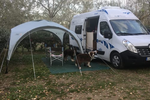 Hire a motorhome in Todtnau from private owners  AhornRenault Master Greenvan