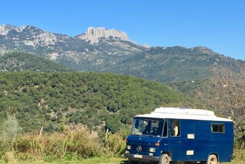 Hire a motorhome in Vila-sacra from private owners| Vermietung • Verkauf • Service: Caravan, Vans, Reparatur Caravan Center