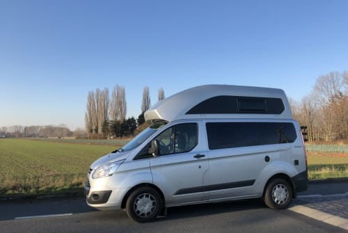 Hire a motorhome in Bonn from private owners| Ford Pepito