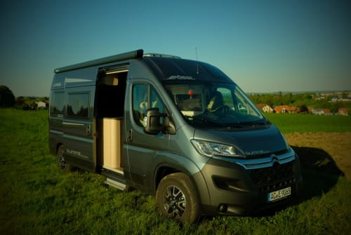 Hire a motorhome in Aachen from private owners| Pössl Balu