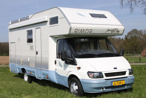 Hire a motorhome in Haaksbergen from private owners| Rimor 677TC