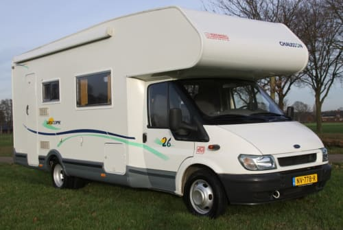 Hire a motorhome in Haaksbergen from private owners| Chausson Chausson 26