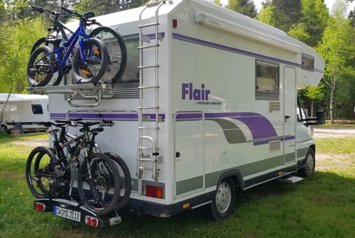 Hire a motorhome in Bad Herrenalb from private owners| Niesmann und Bischoff Baloo