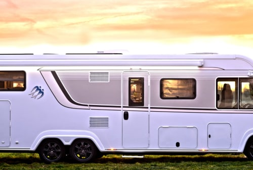 Hire a motorhome in Tremsbüttel from private owners| Knaus Der Dicke