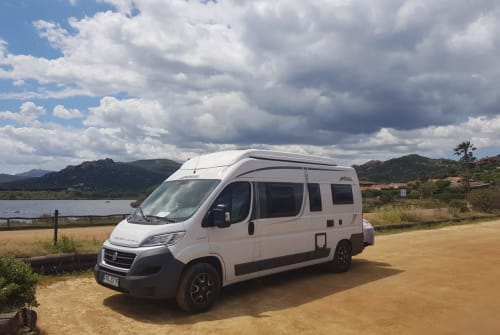 Hire a motorhome in Dießen am Ammersee from private owners| Pössl Pössl