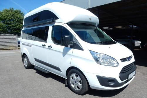 Hire a motorhome in Volkertshausen from private owners| Ford Nugget Plus
