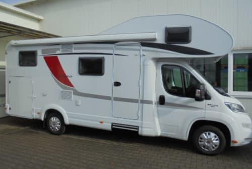 Hire a motorhome in Dietenheim from private owners  Bürstner Lyseo A 700 NIWIMOBIL