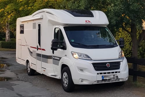 Hire a motorhome in Wurster Nordseeküste from private owners| Adria Matrix Plus M 670SBC Carlos