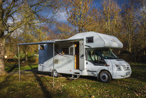 Hire a motorhome in Bitterfeld-Wolfen from private owners| Ford Siggi