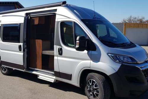 Hire a motorhome in Sulzberg from private owners| Pössl  Alpenflitzer