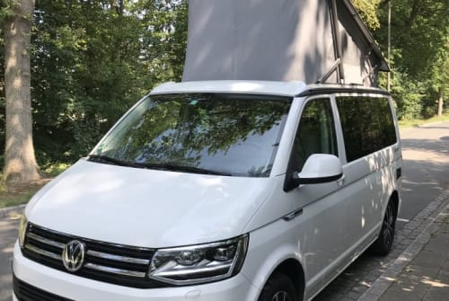Hire a motorhome in Nürnberg from private owners| Volkswagen Cali OCEAN