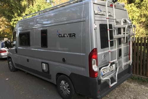 Hire a motorhome in Nürnberg from private owners| Clever Celebration