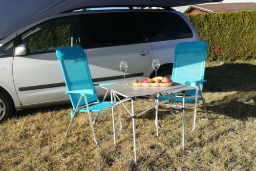 Hire a motorhome in Bärnbach from private owners| Ford Roadrunner