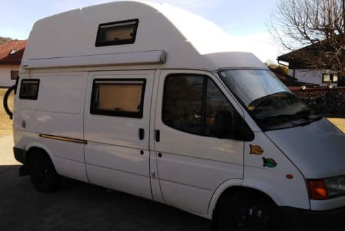 Hire a motorhome in Klagenfurt am Wörthersee from private owners  Ford Ford Transit