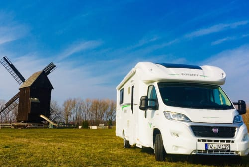 Hire a motorhome in Schkeuditz from private owners  Fiat EDELWEISS