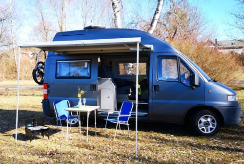 Hire a motorhome in Ailertchen from private owners| La Strada Paulinchen