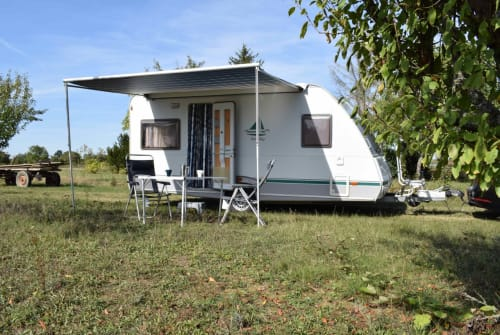 Hire a motorhome in Waghäusel from private owners  Knaus Kaffee to go