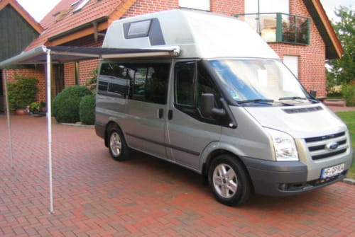 Hire a motorhome in Kiel from private owners| Ford Transit Frank