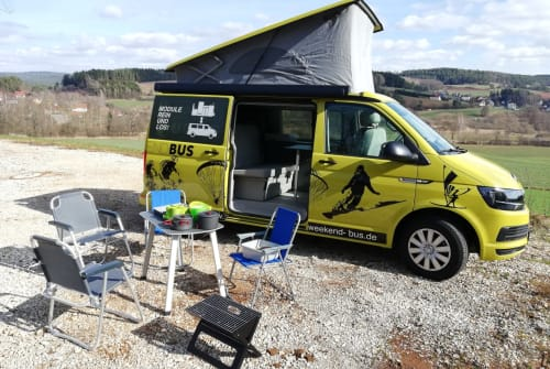 Hire a motorhome in Pegnitz from private owners| VW T6  Weekend-Bus