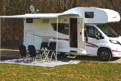 Hire a motorhome in Vaterstetten from private owners| Sunlight Bavarian Camper