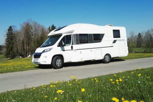 Hire a motorhome in Tannheim from private owners| Adria Schorschi