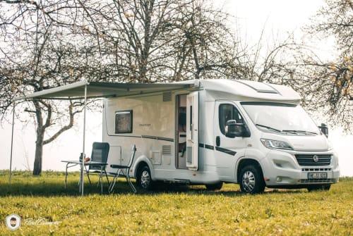 Hire a motorhome in Schöningen from private owners| Dethleffs Julchen