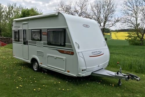 Hire a motorhome in Freising from private owners| LMC Schorsch