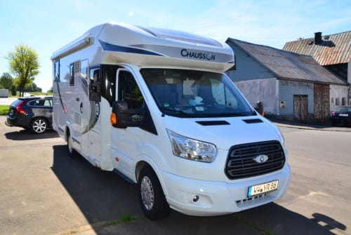 Hire a motorhome in Langenbach bei Kirburg from private owners| Ford Benny