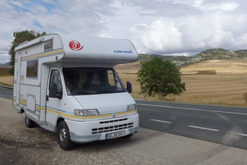 Hire a motorhome in Dresden from private owners| Fiat Ducato Schnaggo Gonzales