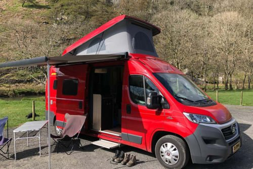 Hire a motorhome in Epe from private owners| Hymer  Bussie