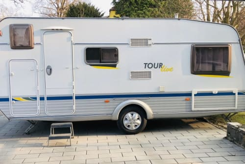 Hire a motorhome in Haar from private owners| T.E.C. Family Tour