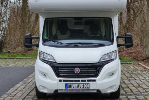 Hire a motorhome in Hennigsdorf from private owners| Fiat XGO Sonnenschein 1