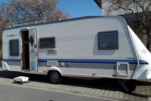 Hire a motorhome in Walldorf from private owners| Hobby Familycamper