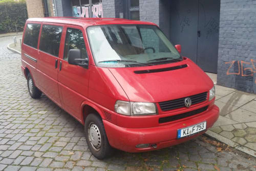 Hire a motorhome in Hamburg from private owners| VW Caravelle