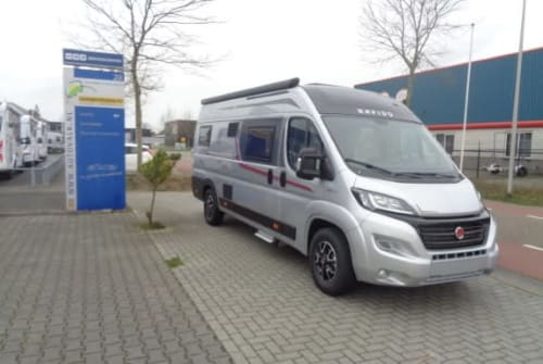 Hire a motorhome in Nijverdal from private owners| Rapido Rapido V68