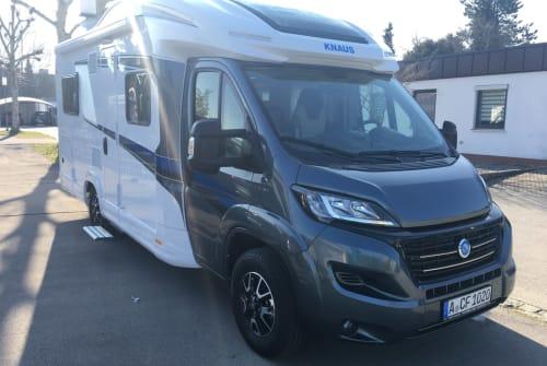 Hire a motorhome in Königsbrunn from private owners  Knaus SkyWave MEG1030