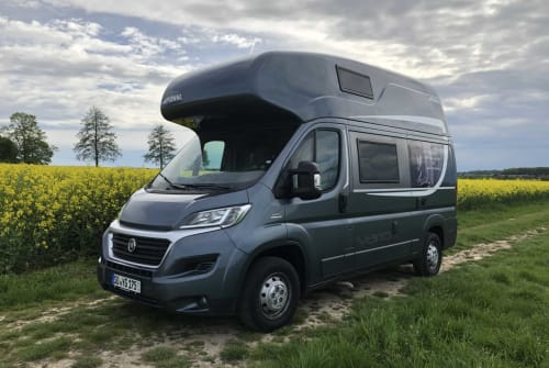 Hire a motorhome in Werl from private owners| Pössl Chuck Traveler