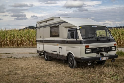Hire a motorhome in The Hague from private owners| VW Frida