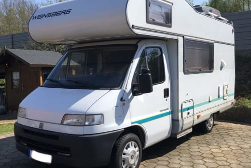 Hire a motorhome in Barsinghausen from private owners| MCM Fiat Ducato  Björn