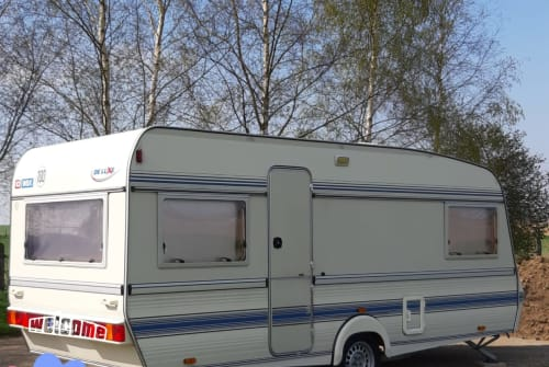 Hire a motorhome in Malsfeld from private owners| Wilk de Luxe  Erna